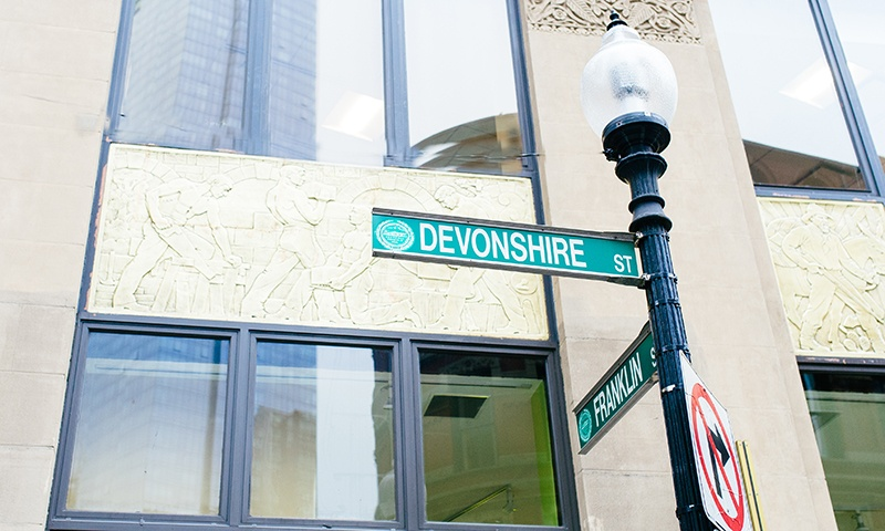 Devonshire Street sign