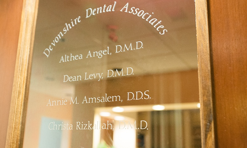 Plaque with dentists listed